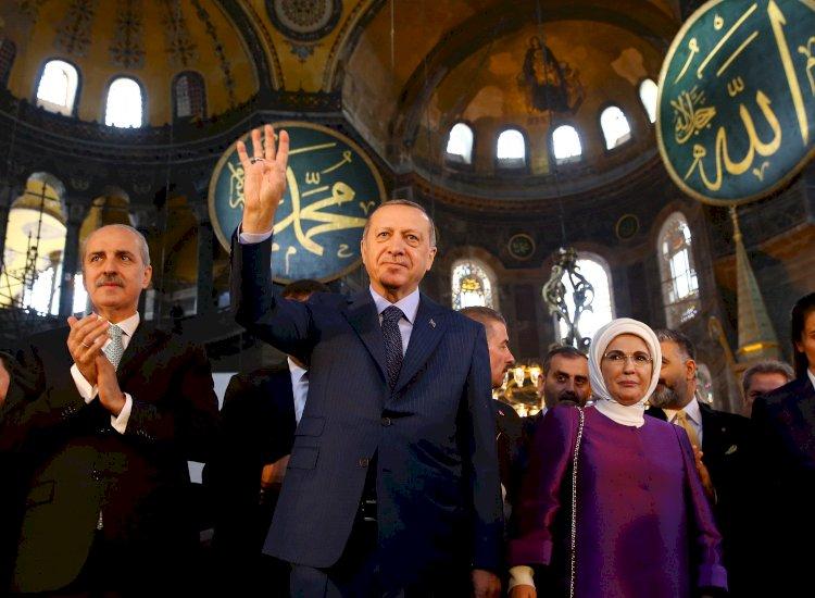 A Resurrection of the Caliphate? - V.U. Arslan